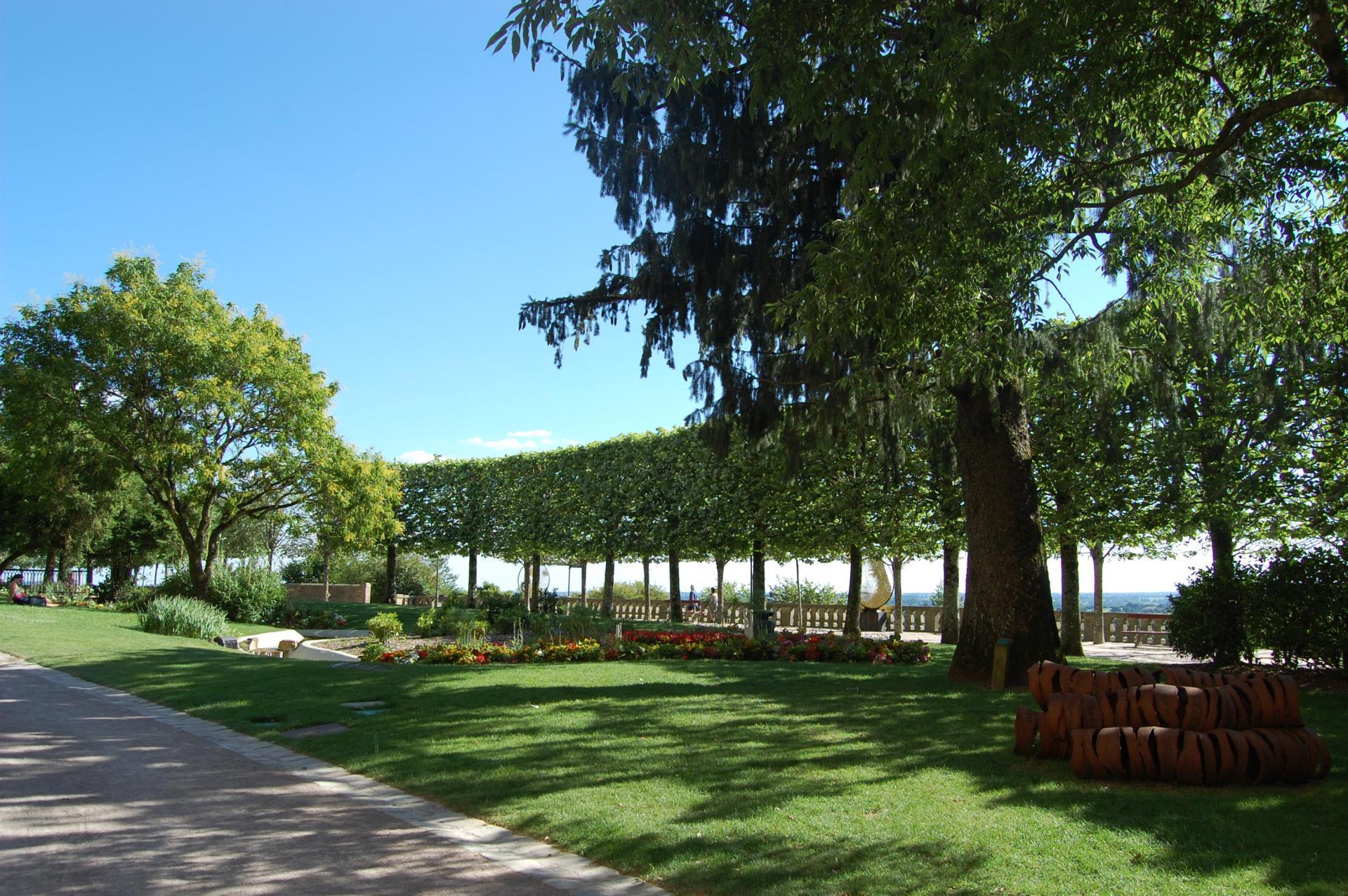 Le jardin public de Fougères